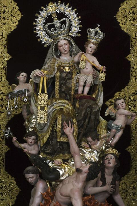 Nuestra señora del Carmen con las almas benditas del purgatorio.
